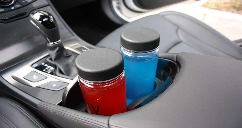 La DGT avisa llevar una botella de agua dentro del coche puede ser peligroso1920