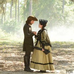 Sleepy Hollow: Ichabod (Tom Mison) and Mary Wells (Heather Lind)