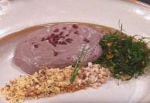 Receita de Espuma de feijoada com cogumelo Paris e farofa de cebola
