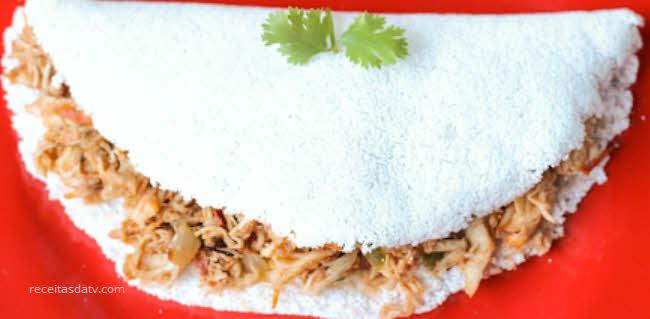 Receita de tapioca com frango desfiado