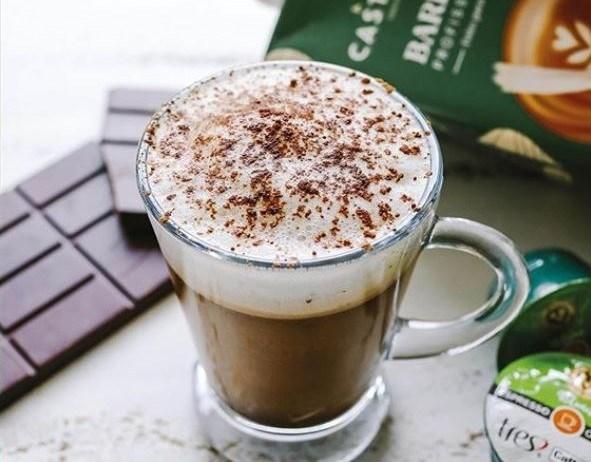 Café Bombom com Chocolate e Espuma de Leite
