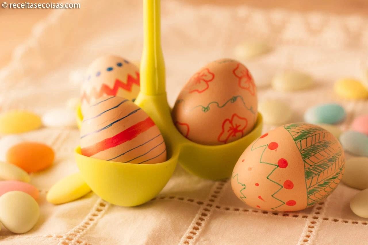 Ovos de Páscoa decorativos