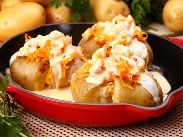 Batatas ao murro com peixe