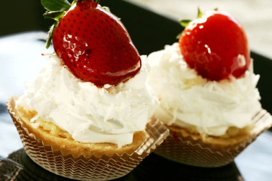 torta_morango_chantilly_gr