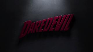 http://www.recenserie.com/2015/04/marvels-daredevil-1x08-shadows-in-glass.html
