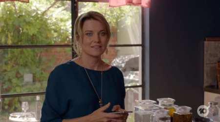 My Life Is Murder 1x01 - The Boyfriend Experience
