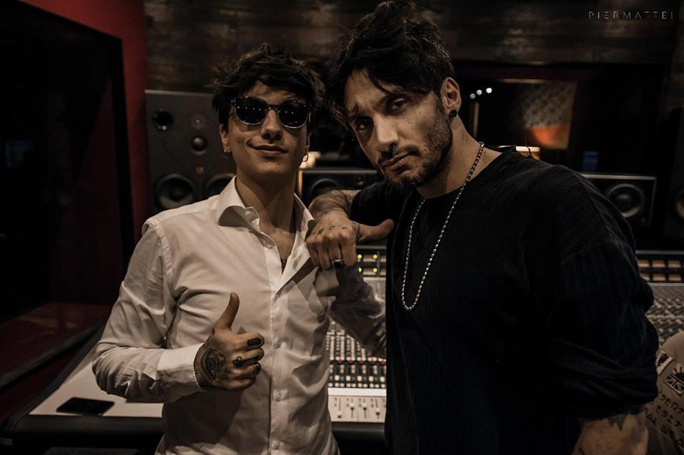 """Fabrizio Moro sceglie Ultimo per il suo nuovo singolo """"inedito"""""""