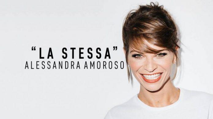 """""""La stessa"""" di Alessandra Amoroso è la più bella risposta italiana all'estate - RECENSIONE"""