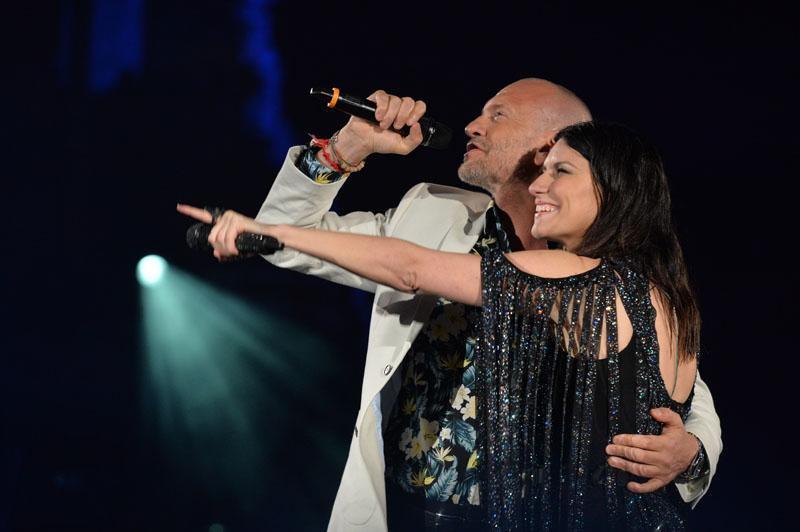 Laura Pausini e Biagio Antonacci insieme verso gli stadi