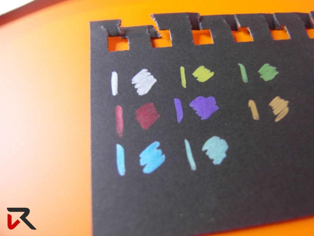 tavola colori pennarelli metallizzati
