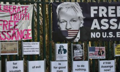 More than 160 world leaders, politicians and diplomats demand Julian Assange 's release