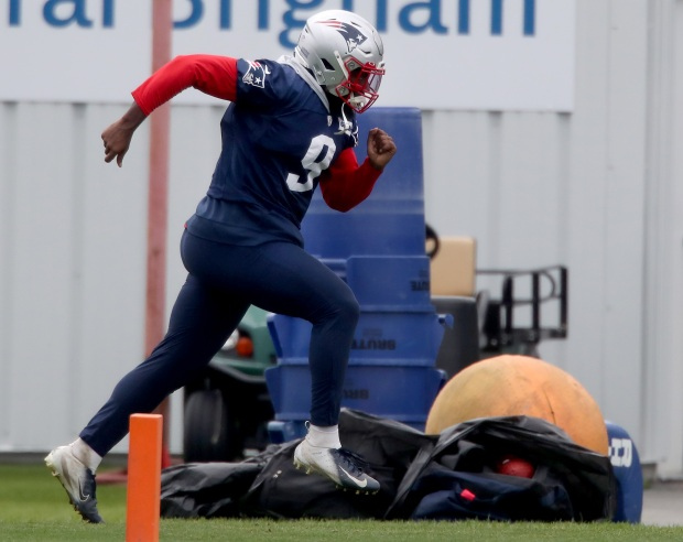 1631851001 978 Patriots down two starters for a second straight practice Thursday