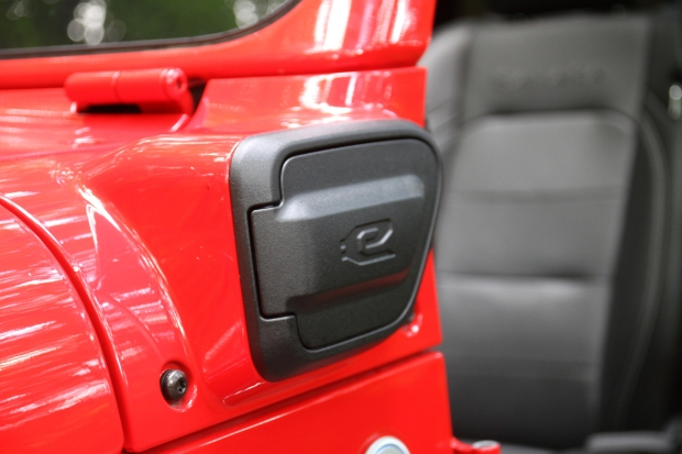 1631970389 868 Grassos Garage Jeep Wrangler plugs it in with the 4XE