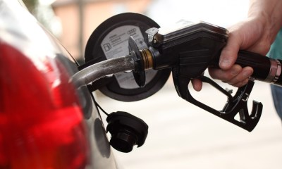 Average US price of gas up by a penny per gallon to $3.25