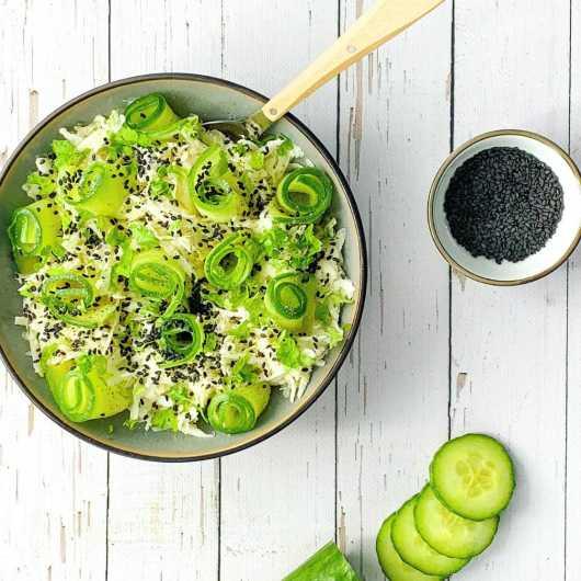 Koolrabi salade met komkommer en yoghurtdressing