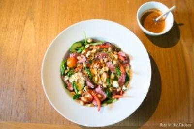 Spicy Beef Noedel Salade