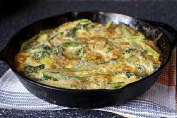 Картофель запеченный с брокколи в сырной шубке
