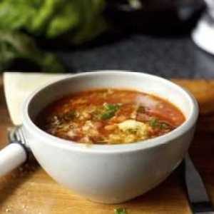 Суп из чечевицы в мультиварке с купатами