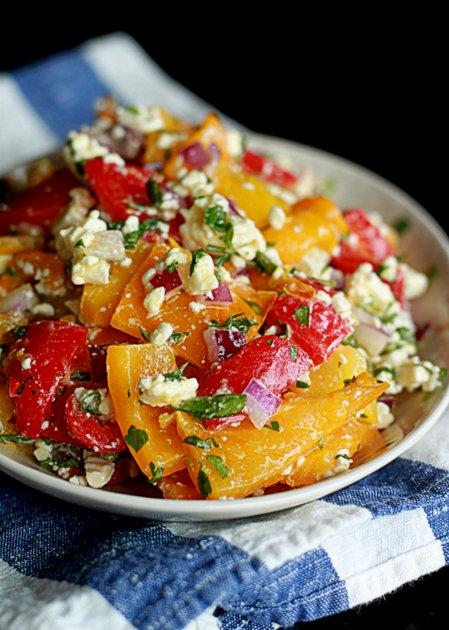 Салат из жаренных на гриле перцев