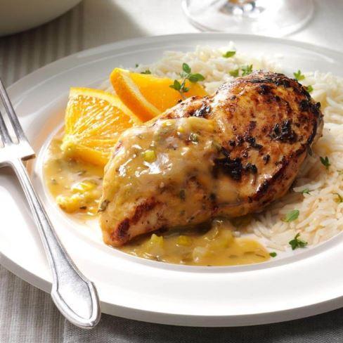 Pollo con salsa de ajo