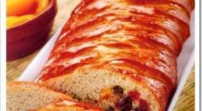 Pan trenzado de ricota y frutas