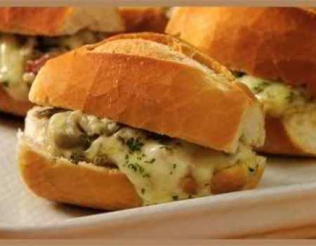 sandwiches calientes de berenjena y panceta
