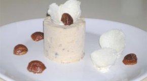 Un rico helado de castañas en almíbar