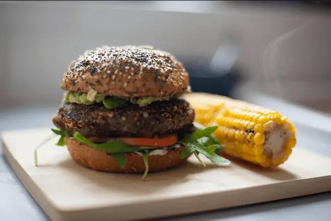 hamburguesa de quinoa - La dieta saludable nº 1 de los famosos