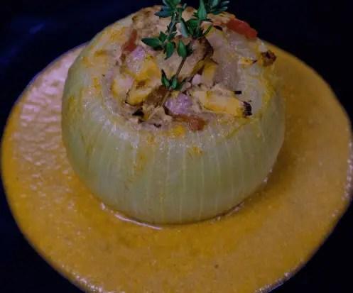Cebolla rellena al estilo de Caceres