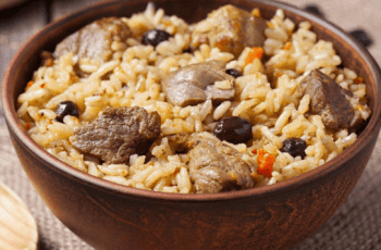 Arroz pilaf con carne de cerdo - Arroz pilaf con solomillo de cerdo de Uzbekistán