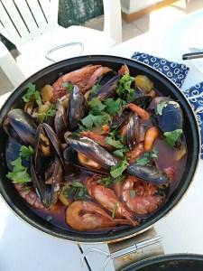 cataplana de marisco e1541371689907 - Recetas tradicionales de pescados y mariscos