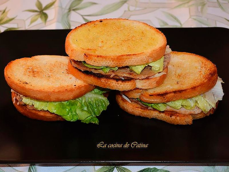 sandwich tostado de carne