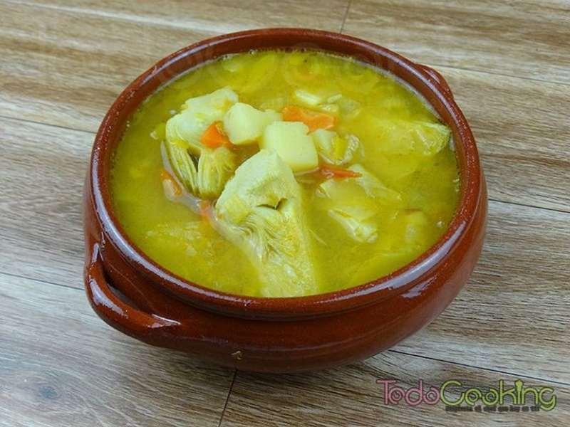 Sopa de alcachofas al curry