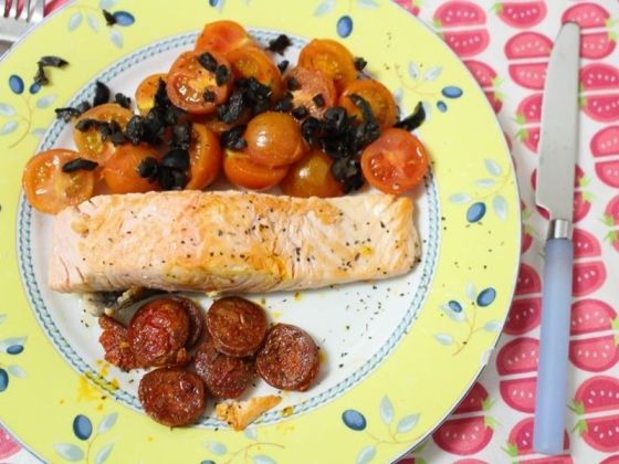 salmon-con-chorizo