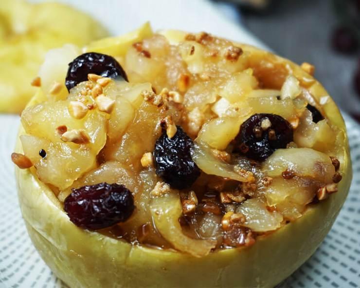 Manzana asada con almendras al microondas
