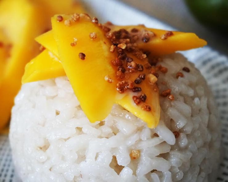 arroz con mango estilo tailandés