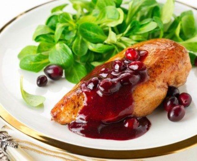 Pechuga de Pollo en Salsa de Arándanos
