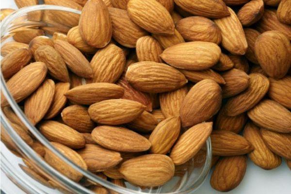 Beneficios Nutricionales De Las ALMENDRAS