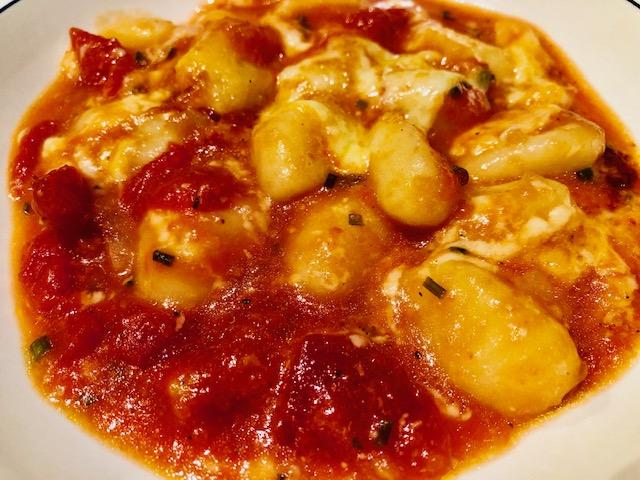 #recettesfamille #recettegnocchi #recettesansnoix #recettesansarachide #gnocchisaucetomateetmozzarella #recette30minutes