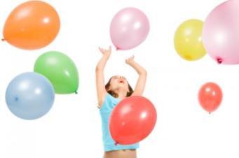148370-375x249-GirlPlayingWithBalloons