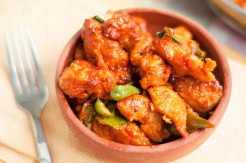 Chicken 65 served in bowl.