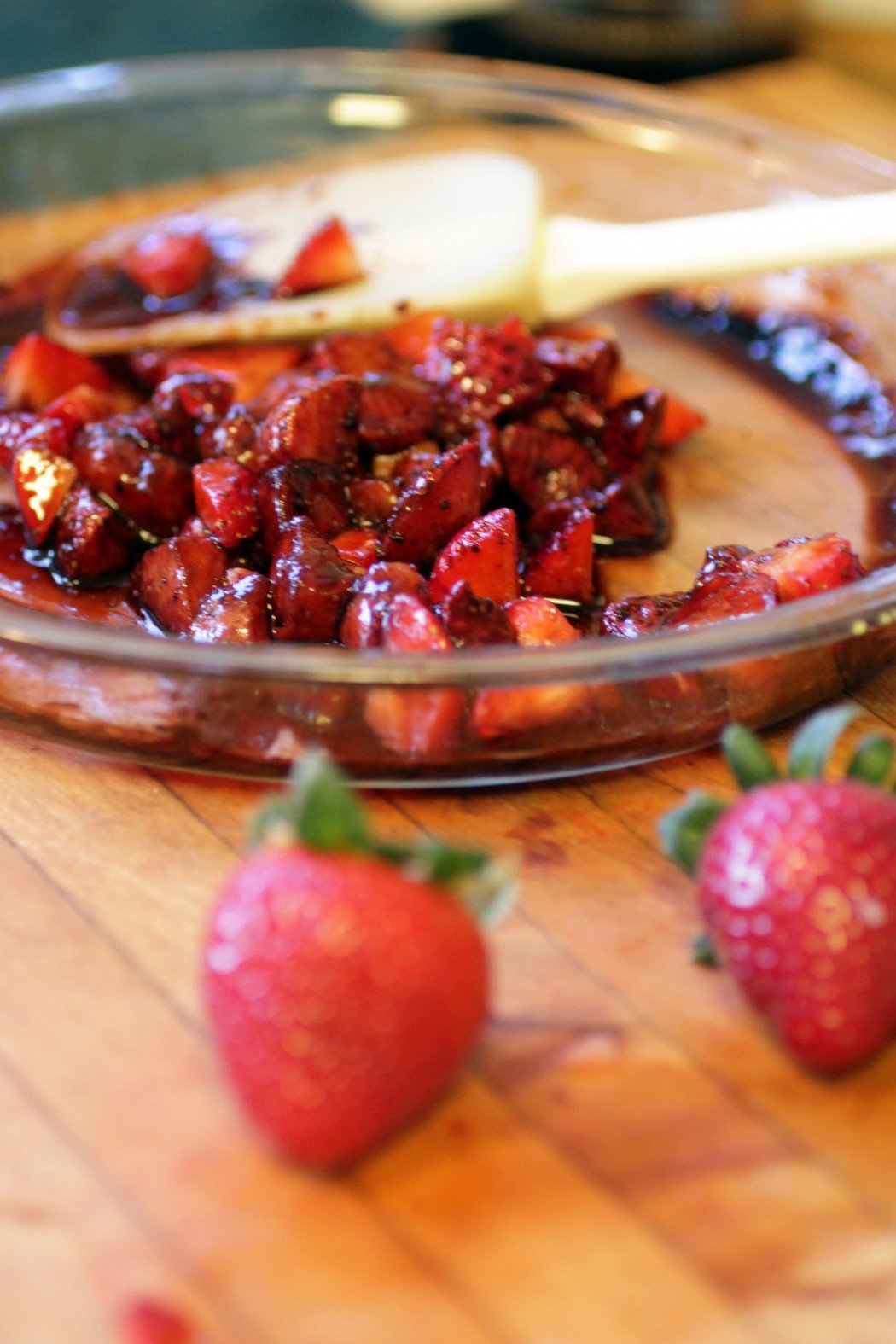 balsamic roasted strawberries