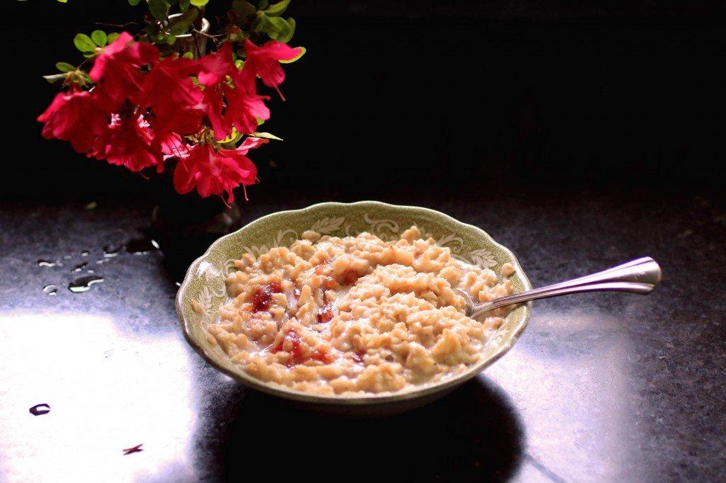 creamy rose vanilla oatmeal
