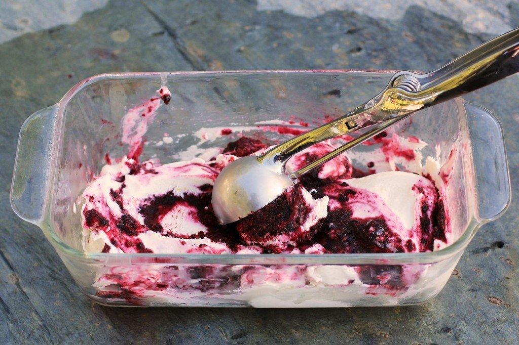 bourbon black raspberry cheesecake ice cream