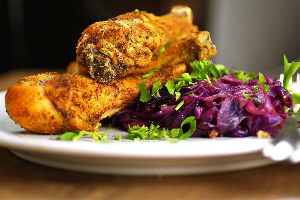 paleo-baked-chicken-drumsticks-and-braised-red-cabbage
