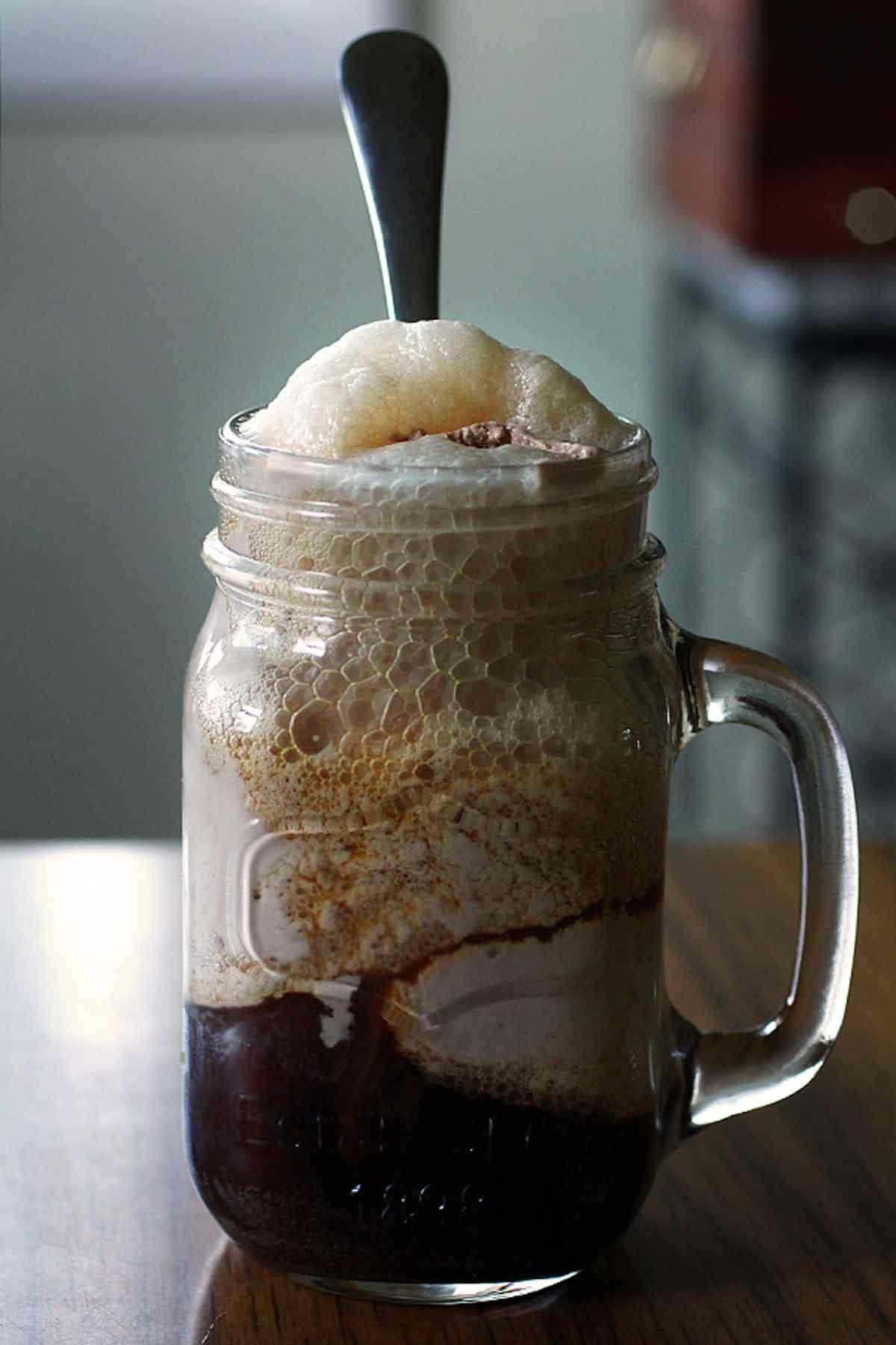 Milk chocolate Worthy stout Ice Cream Float
