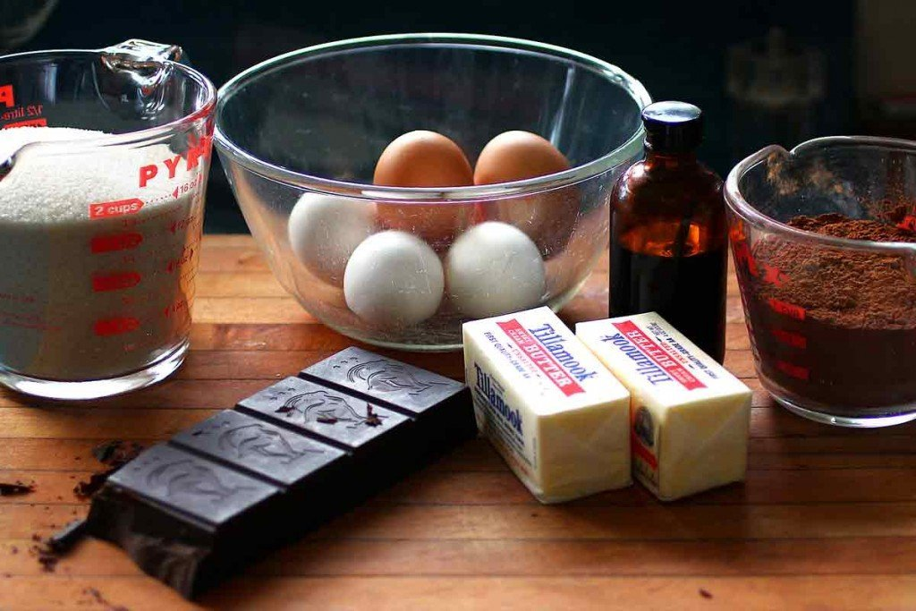 brown butter flourless chocolate cake ingredients
