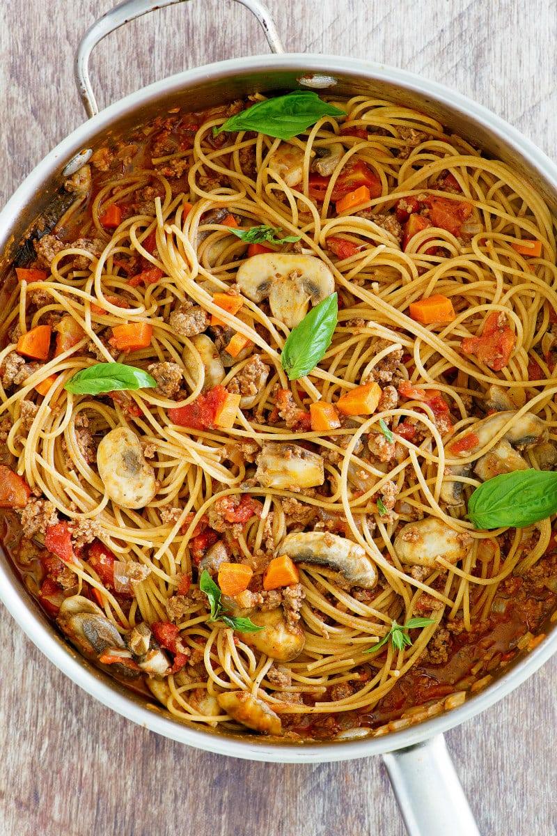 Pot of Weight Watchers Spaghetti Bolognese