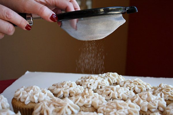 Sugar Topping for Snickerdoodle Cupcakes