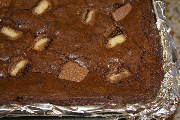 pan of Twix bar brownies